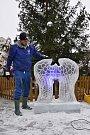 Spolek Pražské ulice ve spolupráci se spolkem Radost Příbramáčkům připravil na stříbrnou neděli v Pražské ulici kulturní program s ledovou show a výtěžek akce byl určený pro Dětský domov Pepa v Lazci.