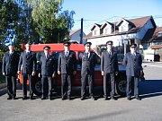 Dobrovolní hasiči z Nechvalic dostali nové zásahové vozidlo