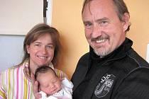 Amelia Klaudy prvně otevřela očka v sobotu 12. listopadu, vážila 3,20 kg a měřila 51 cm. Životem ji budou provázet maminka Romana a tatínek Stanislav z Českého Krumlova.