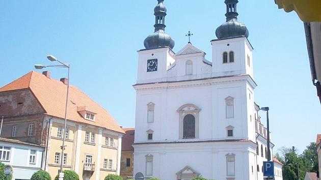 Náměstí v Březnici.
