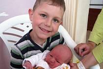 Pětiletý Ondrášek z Podlesí bude chránit sestřičku Kateřinu Štefanovou. Ta se mamince Daně a tatínkovi Ondřejovi narodila v pátek 6. května a v ten den vážila 2,78 kg a měřila 48 cm.