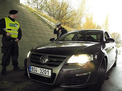 Pondělní policejní akce na R4