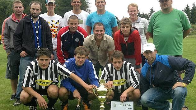 Vítěz Memoriálu Luďka Klementa - mužstvo Tochovic.