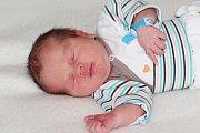 Jakub Polida se narodil 19. prosince s váhou 3,23 kg Karolíně a Lukášovi z Rovin. Doma už se těší bráška Matyáš (6,5).
