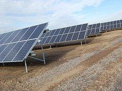 Na Příbramsku byla spuštěna fotovoltaická elektrárna (FVE) u obce Dubno.