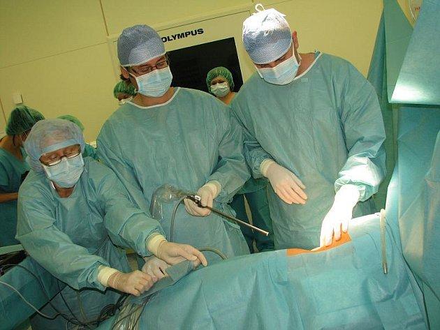 Laparoskopická urologická operace v příbramské nemocnici.