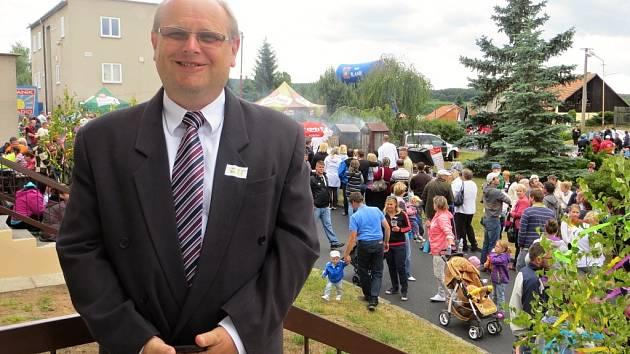 Jiří Nekolný, starosta obce Višňová, kterou proslavil seriál Chalupáři.