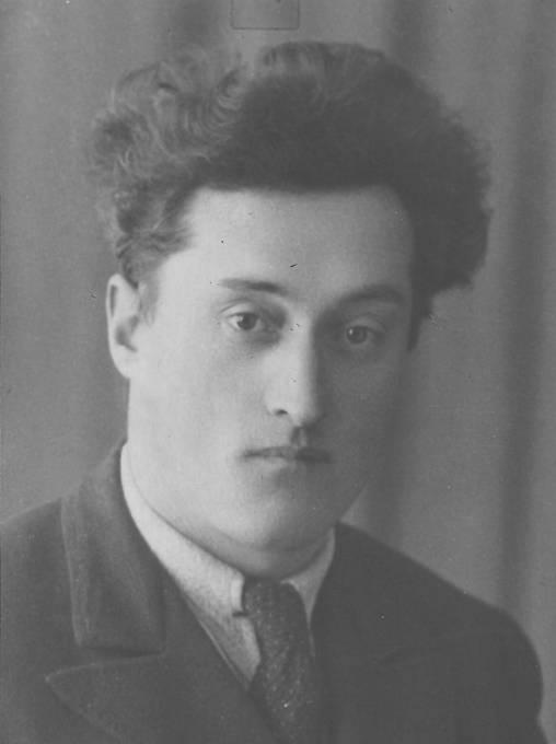 Miroslav Malý z Příbrami padl 11. 5. 1945 u Buku.