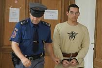 Odsouzený Jiří Fous u Krajského soudu v Praze