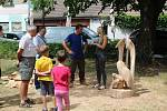 Petrovice si letos připomínají 800 let od první písemné zmínky o obci a přizpůsobily tomu i tradiční akce jako například letošní Petrovické řezbování.