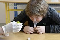 Testování žáků Základní školy v Petrovicích na koronavirus.