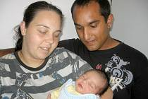 V pátek 21. června maminka Nikola a tatínek Roman z Příbrami poprvé sevřeli v náručí svého prvorozeného syna Patrika Veselého, který v ten den vážil 3,17 kg a měřil 51 cm.