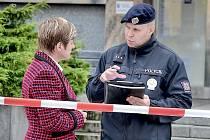 Neznámý pachatel v pondělí dopoledne nahlásil bombu v některé z městských budov v Příbrami.