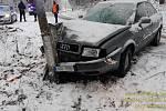 Nehoda na sněhu.