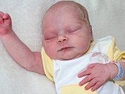 EMILY MARTA BERAGG se narodila ve čtvrtek 15. června Martě a Romanovi ze Solenic. V ten den jejich první miminko vážilo 2,79 kg.