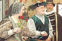 Rostislav Riško při renesančních tancích.