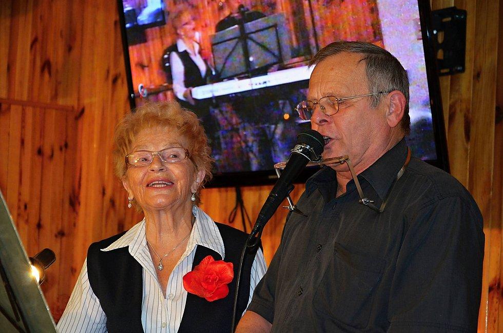 Zpívání koled v Sedlčanech