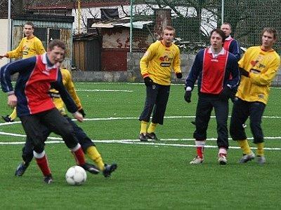 Fotbalisté Spartaku Příbram porazili v prvním přípravném duelu dorost Marily.