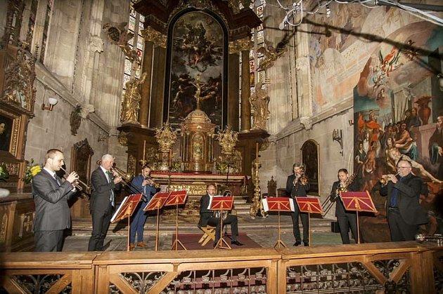 Žesťový soubor, působící od roku 1991, Czech Brass bude koncertovat na Hudebním festivalu Antonína Dvořáka vPříbrami.