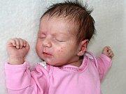 EVELINA CHIOSA se narodila v pondělí 5. června o váze 3,31 kg. Rodičům Dianě a Petrovi bude doma v Příbrami pomáhat Darja.