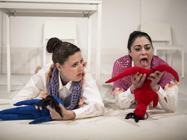 V neděli uvede příbramské divadlo hru  Vše o ženách.