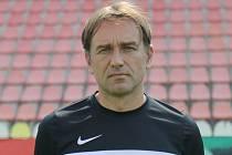 Trenér 1. FK Příbram B Petr Janota.