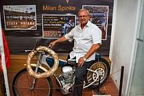 V Chotilsku je k vidění zajímavá výstava motocyklů Jawa.