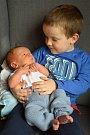 Tomášek Fiřt se narodil se 29. prosince v 7:28 hodin, vážil 3,78 kg a měřil 52 cm Eva a Štěpánovi z Dlouhé Lhoty. Doma čekal tříletý bráška Štěpánek.