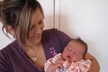 Ve středu 21. září přivítali maminka Štěpánka a tatínek Josef ze Sádku na světě svoji první princezničku Emu Karasovou, které sestřičky v porodnici po narození navážily 4,08 kg  a naměřily 54 cm.
