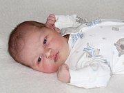 Martin Miškei se narodil 31. října s váhou 4,34 kg a mírou 55 cm Monice a Martinovi z Dobříše.