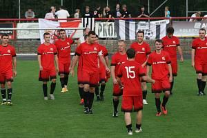 Ze zápasu divize B MFK Dobříš - Brandýs nad Labem 4:2.
