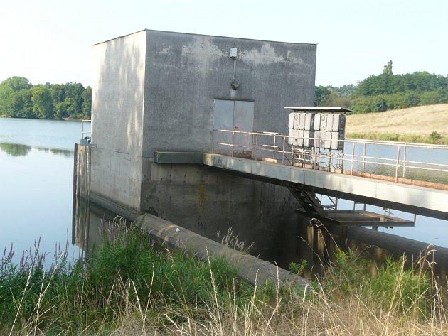 Retenční nádrž v Sedlčanech.
