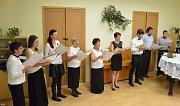 Již po pětadvacáté připravil Dětský pěvecký sbor při Základní škole Jince koncert věnovaný blížícím se Vánocům.