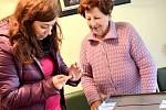 Osmdesátiletá Miloslava Křížová volby prý ještě nikdy nevynechala.