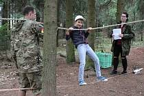 Zábavné odpoledne pro děti plné soutěží připravil příbramský Kiwanis klub a Klub vojenské histori