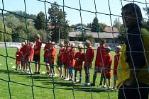 SOUČASNÉ využití fotbalového hřiště Tatranu je 900 hodin ročně.