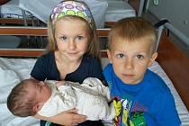 Davídek Malimánek se mamince Lucii a tatínkovi Janovi z Prahy narodil v neděli 16. srpna, vážil 4,24 kg a měřil 51 cm. Radost z brášky mají sedmiletá Adélka a pětiletý Honzík.