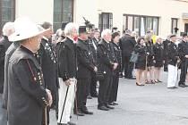 Zástupci hornických a dlaších spolků, hasičů, města i široké veřejnosti si připomněli památku 319 havířů, kteří zemřeli na Dolem Marie na konci května 1892.