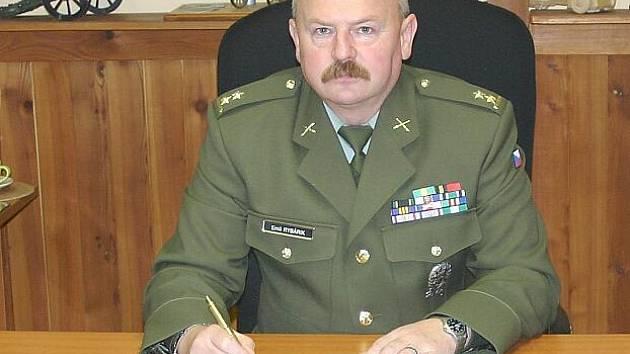 Přednosta újezdu Emil Rybárik.