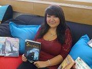 Sedlčanská úspěšná spisovatelka Michaela Burdová ví, že si budoucí čtenáře svých knih musí hýčkat již od jejich útlého věku.
