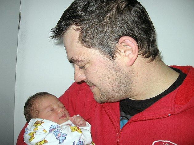 V pátek 17. ledna maminka Petra a tatínek Milan z Rožmitálu přivítali na světě svoje první štěstíčko – dcerku Justýnku Pechovou, která v ten den vážila 3,91 kg a měřila 51 cm.