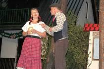Ochotníci Divadelního spolku Skalka letos uvádějí prázdniny Podskalákem.