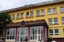 Většinou před přijímacími zkouškami nebo naposled při rekonstrukci Gymnázia v Komenského ulici se vyrojí fámy o slučování dvou příbramských gymnázií