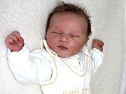 AMÁLIE EVA MACHKOVÁ se narodila v úterý 14. března o váze 3,60 kg a míře 51 cm mamince Zuzaně a tatínkovi Vlastimilovi z Příbrami.