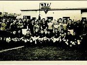 Z historie SK SPARTAK Příbram. Rok 1960, kdy hrál Spartak proti reprezentaci Československa.
