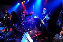 Kapela Deep Day zahrála v prvním kole Příbramské rockové ligy.