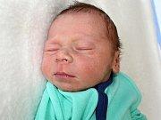 TOMÁŠ KLÁR se narodil jako první miminko Terezy a Tomáše z Příbrami v úterý 6. června, kdy vážil 2,99 kg.