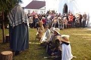 Betlémský příběh si připomnělo na první svátek vánoční u kostela sv. Martina v Sedlčanech více než dvě stě lidí.