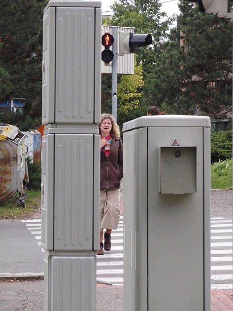 Semafory v ulici Politických vězňů už fungují