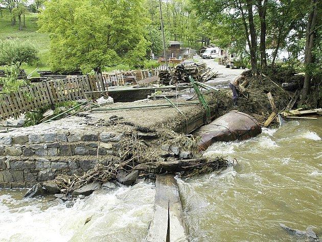 Povodeň na Brzině v Hrachově.